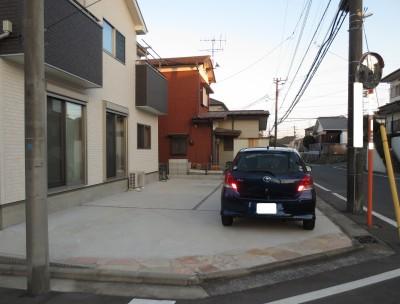 施工前駐車場側