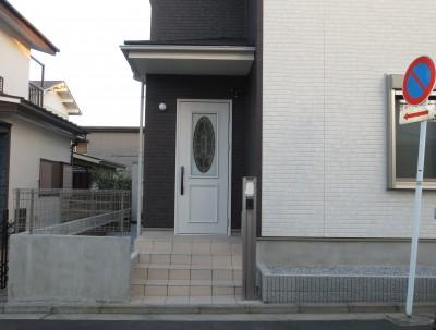 施工前玄関側2